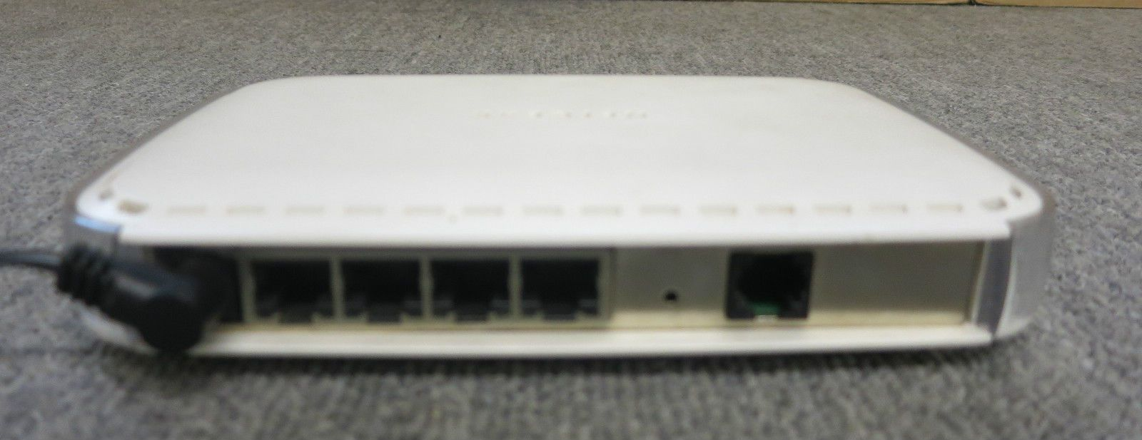 Netgear DG834 V2 Wired ADSL Firewall Router with 4-port 10 100 ...